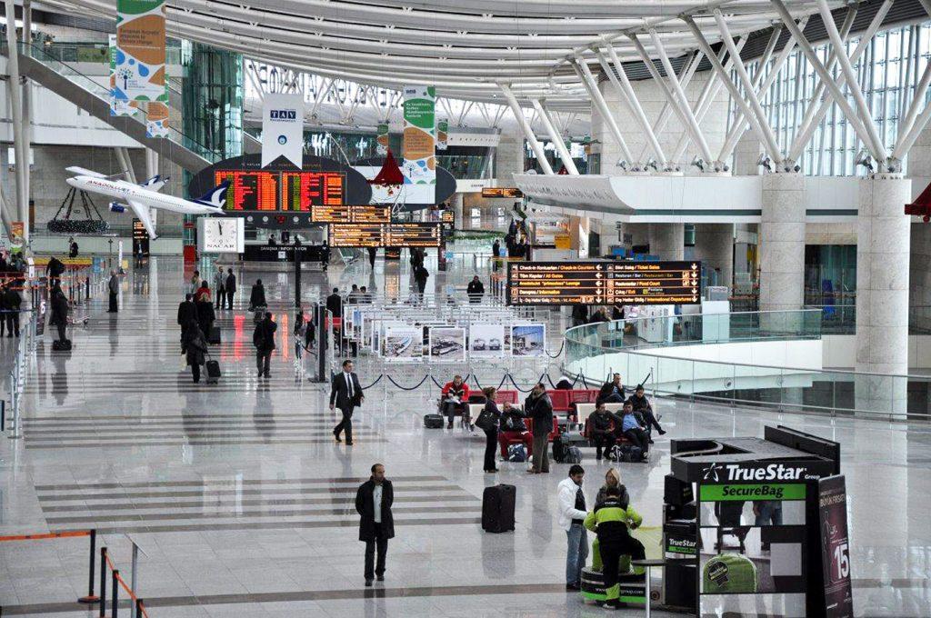 Зал в аэропорту Анкары