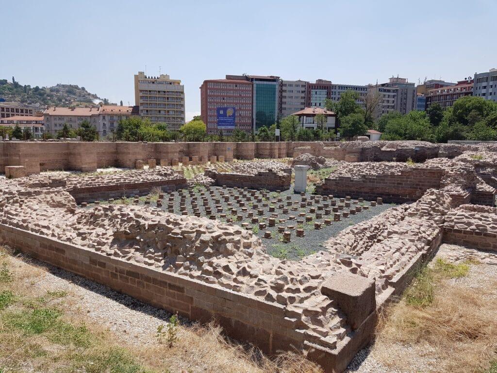 Развалины римских бань в Анкаре