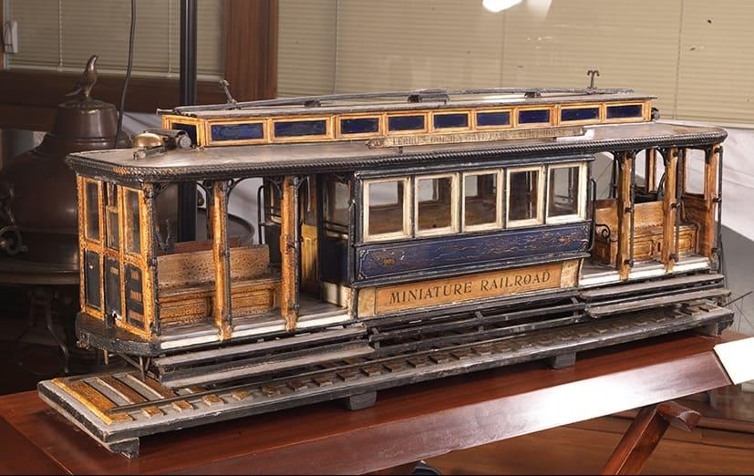 Модель трамвая. 1900-е гг. в музее Рахми Коча